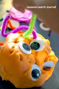 Play Dough Aliens - a fun activity & craft idea for kids at a space themed birthday party! Best Picture For Galaxy themed birthday party kids For Your Taste You are looking for something, and it is go