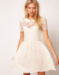 Magnifique robe courte pour mairie