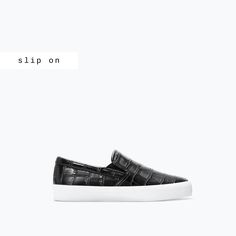 PRINTED SLIP ON - Flat shoes - Shoes - TRF | ZARA Czech Republic