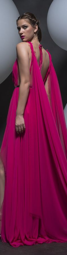 Isabel Sanchis #luxury #DIVA in #PINK | Classy & Fabulous! | https://uk.pinterest.com/foodielovin/diva-in-pink/