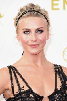 LOS ANGELES, CA - SEPTEMBER 20:  Actress Julianne Hough attends the 67th Annual Primetime Emmy Awards at Microsoft Theater on September 20, 2015 in Los Angeles, California.  (Photo by Jason Merritt/Getty Images)