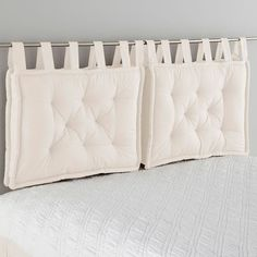 Headboard Cushion LA REDOUTE INTERIEURS Cushion headboard, beautifully finished with large knots that give it a charm. Pillow Headboard, Bed Pillows, Cushions, White Headboard, Futon Bedroom, Bedroom Decor, Futon Diy, Headboards For Beds, Home Hacks