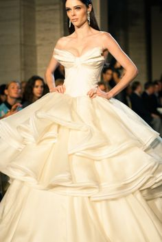 Beautiful gown / supper chic' ♥