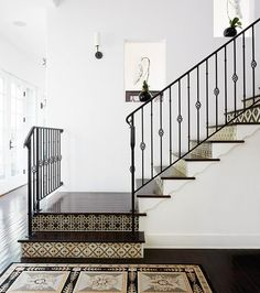See our top 10 graphic floor tile ideas. http://houseandhome.com/gallery/top-10-gorgeous-graphic-floor-tile-ideas/ …