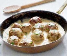 IKEA Shared Their Swedish Meatball Recipe & We're Making It Immediately Vegetarian Barbecue, Vegetarian Cooking, Vegetarian Recipes, Frozen Meatball Recipes, Swedish Meatball Recipes, Cat Recipes, Beef Recipes, Cooking Recipes, Barbecue Recipes