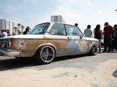 BMW 2002 distressed