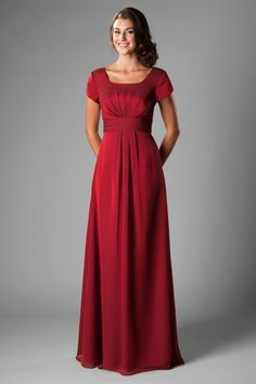 modest bridesmaid dress features gentle ruching on the bodice, a lovely cinched waistband, and gentl Bridesmaid Dresses With Sleeves, Modest Wedding Dresses, Wedding Party Dresses, Prom Dresses, Formal Wedding, Simple Long Dress, Look Chic, Chiffon Dress, Red Chiffon