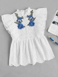 To find out about the Flower Applique Layered Flutter Sleeve Eyelet Embroidered Top at SHEIN, part of our latest Blouses ready to shop online today! Cute Casual Outfits, Girly Outfits, Chic Outfits, Fashion Outfits, Designer Kurtis, Designer Dresses, Simple Kurti Designs, Kurta Designs, Girls Dresses Sewing