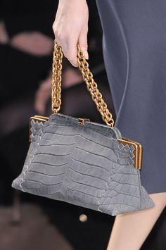 Bottega Veneta Fall 2013 - Details Fashion Handbags, Purses And Handbags,  Beautiful Bags, ac659a82e2