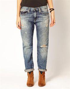 Широкие рваные джинсы женские