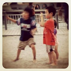 Photo from the Instacanvas gallery for ilaria_agostini. Three children in Tokyo bay
