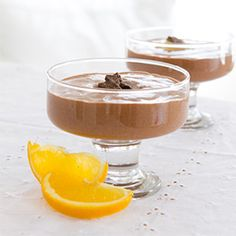 Healthy chocolate pudding recipe made with ground chia seeds (gluten-free with vegan option)