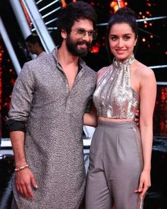 "@bolly.hub: ""S & S . . #ShahidKapoor #ShraddhaKapoor #Bollywood #BollyHub"" Bollywood Images, Bollywood Stars, Shahid Kapoor, Shraddha Kapoor, Bollywood Actress, Actresses, Actors, Female Actresses, Actor"