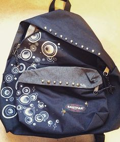 Customized Eastpak by @sara.novara on Instagram. #Eastpak #backpack #rucksack #DIY