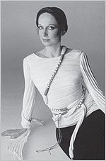 Mary McFadden- Mary McFadden is a fashion designer, art historian, art collector, and writer. She was born in New York City in 1938 and began her career working in Public Relations at Dior and writing for Vogue in the 1960s. She began designing in the 1970s, debuting in Vogue in 1972.  Her look drew inspirations from around the globe, such as Byzantium, Greece, South America, Africa, and China.
