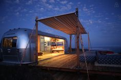Malibu Dream Airstream - Get $25 credit with Airbnb if you sign up with this…