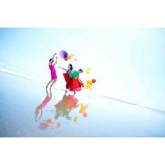 【flow2space_tokyo】さんのInstagramをピンしています。 《Good morning✴︎ 良い1日を:) • • • • • Have a good one ;) flow2space.com Photo by IinoTakahiro👓 💠flow2space vol.4 パフォーマンスライブ 11/23 2016 @ラゾーナ川崎プラザソル💠 #海 #空 #カラフル #beach #blue #sky #bluesky #ocean  #yoga #inspiration  #dance #tokyo #flow2space  #instaphoto #coulours #ダンス  #stage #音楽 #music #live #風船 #青#instaphoto #photography #撮影 #夏 #summer #happy #女子会 #girlsparty #rainbow》