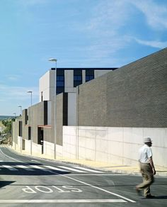 SECONDARY AND COOKING SCHOOL IN PLASENCIA, Plasencia, 2009 - LANDÍNEZ+REY | equipo L2G arquitectos