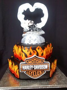 harley davidson wedding cake because your special day needs branding