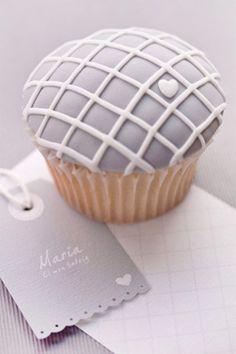 gray cupcake