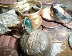 Metal detecting Tips for Shallow Water Hunting by Capt. Daniel Berg - Tricks and Tips for Finding Gold, Jewelry, Wedding Bands and Other Valuables in a Sea of Pennies Metal Detecting Tips, Garrett Metal Detectors, Whites Metal Detectors, Finding Treasure, Security Screen, Gold Prospecting, Cute Posts, Precious Metals, Wedding Bands
