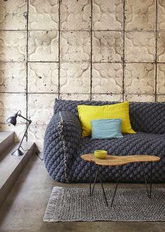 我們看到了。我們是生活@家。: 像是木板拼接的壁紙,或是漂亮的錫板紋路壁紙,賦予空間更多個性!荷蘭壁紙品牌NLXL