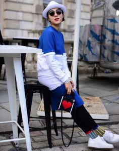 12 cool ideas on how to wear denim from LFW street style stars Stylish Street Style, London Street, Fashion Updates, Star Fashion, What To Wear, Sporty, Cool Stuff, Stars, Denim