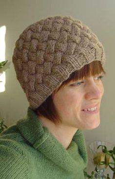 Free pattern - diminishing braids hat