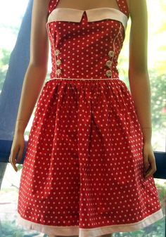 Yes. Absolutely. Please. Love Red Polka Dot Dress, Polka Dots, Vintage Fashion, Vintage Style, Vintage Patterns, Summer Dresses, Princess, Aprons, My Style