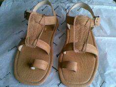 Sandalia Para Caballero Lucciano Gasa - $ 599.00 Flat Sandals, Flip Flop Sandals, Flats, Men's Shoes, Chic, India, Fashion, Chiffon, Knights