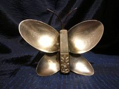 Imagine these wonderful cutlery butterflies attached to your garden tree trunks .. or anywhere !!
