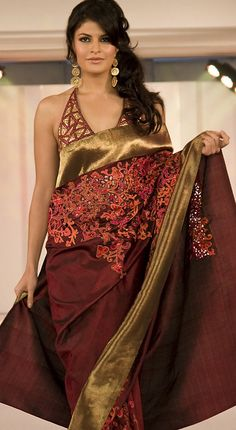 Jacqueline looks stunning in Satya Paul kanjeevaram saree  #gorgeous