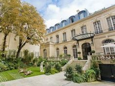 Paris, Residence on 16th - www.kasiasworldofrealestate.com