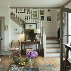 A calm and minimal entryway, that still feels warm and welcoming; the perfect farmhouse-lovely entryway. (via Shannon Berry Design)