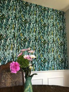 Opal house wallpaper from Target Spare Bedroom Decor, Box Bedroom, Bedroom Crafts, Master Bedroom, Target Wallpaper, Red Wallpaper, Home Wallpaper, Target Bedroom, Paper Targets