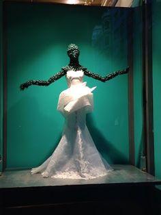 Línea peplum para este vestido de novia - La Boheme 1994