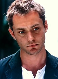 Jude Law In Breaking and Entering