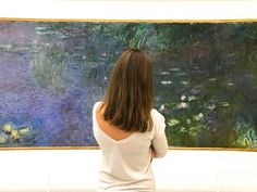 Would you be curious to see the lake with lilies painted by Claude Monet, Japanese bridge and famous garden, which was not merely a place, but the artist's way of life ? It is just one hour from Paris ! Read article on our blog.  #monet #impressionist #claudemonet #givergny #art #artlovers #orangerie #museeorangerie #orangeriemuseum #waterlilies Famous Gardens, Water Lilies, Claude Monet, Van Gogh, Impressionist, Parisian, Mona Lisa, Bridge, Lily