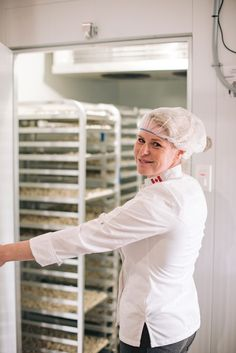 Meaford is not known for its cheesemaking. In fact, according to the Cheese Lover's Guide to Ontario, artisanal cheese makers are non-existent in Southern Georgian Bay.  Yet, when I cut through the gauzy, soft rind of the Frauxmagerie's Botanic Camembert