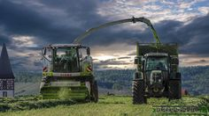 Claas Jaguar 940 im Grünroggen und Fendt 820 Vario #Claas#Jaguar#940#Picup#300#Fendt#820#Vario#Häckseln#Grünroggen#Mähen#BGA#Maschine#Power#Acker#Feld#Landwirt#landscape#landwirtschaft#lohnunternehmen#agrar#agrarservice#agrartechnik#farmporn#farmphoto#farmunity#instabauer#Instalandwirt Neuestes Youtube-Video: https://youtu.be/SqFSY63DEL87 by agrar_micha