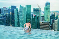 14 Things To See, Eat And Do in Singapore 8,) Swim in the highest infinity pool in the world!