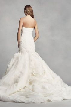 880b98960 White by Vera Wang Bias-Tier Trumpet Wedding Dress Style VW351395