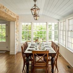 Create A Comfortable Dining Room By Your Self