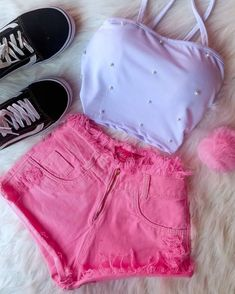 17 Unimaginable Ways To Upcycle Old Jeans Cute Teen Outfits, Teenager Outfits, Cute Summer Outfits, Teen Fashion Outfits, Swag Outfits, Mode Outfits, Retro Outfits, Outfits For Teens, Trendy Outfits