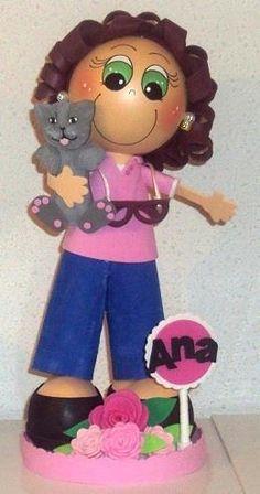 Ana, fofucha con su gato... Feliz día de las Madres. CCJordanMC