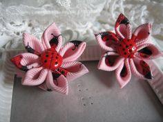 Lady Bug Kanzashi Flower Hair clip Set by krantwist on Etsy, $9.99