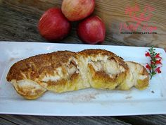 Apple Pie Stuffed Pretzel Ropes -- From Gate to Plate #FoodieExtravaganza