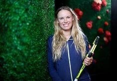 Caroline Wozniacki - The Stars of Indian Wells are in Full Bloom - BNP Paribas Open Caroline Wozniacki, Bnp, Photoshoot Themes, Big Star, Tennis Players, Cheerleading, Bloom, Wells, Poses