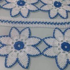 Viking Tattoo Design, Viking Tattoos, Crochet Lace Edging, Easy Crochet, Knitting Patterns, Crochet Patterns, Craft Images, Crochet Table Runner, Lace Heart