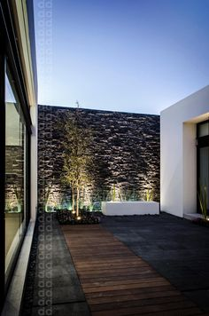 Galería de Casa AGR / ADI Arquitectura y Diseño Interior. Design Exterior, Patio Design, Garden Design, House Design, Outdoor Lighting, Outdoor Decor, Wall Lighting, Interior Lighting, Lighting Ideas